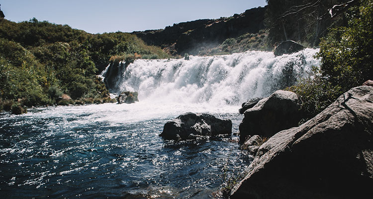 The Ultimate Waterfalls Guide - Southern Idaho Tourism